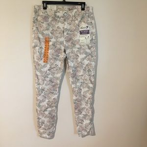 NWT Seven Floral  Tummy Less Jeans
